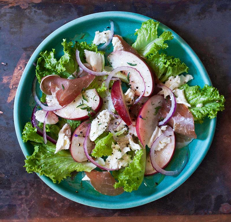 peach-prosciutto-salad