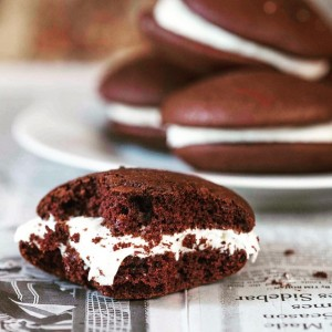 Whoopie Pie for you, Whoopie Pie for me. #foodstyling #foodphotography…