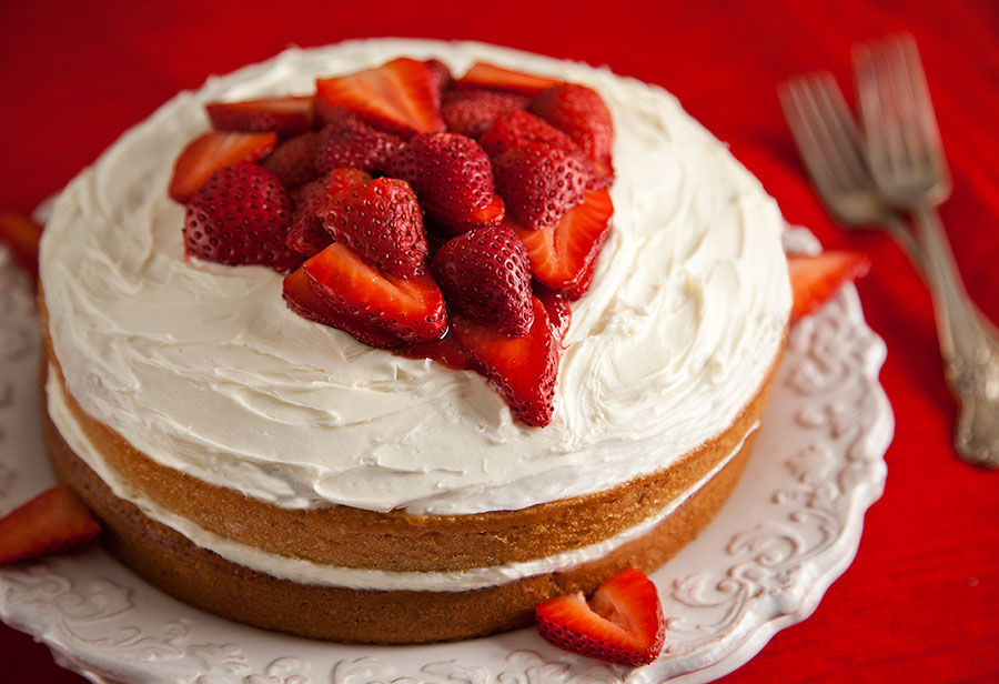 StrawberryChambordCake3